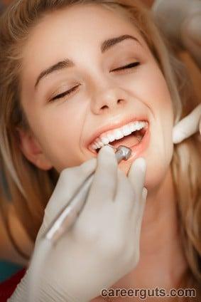 Career As a Dental Assistant